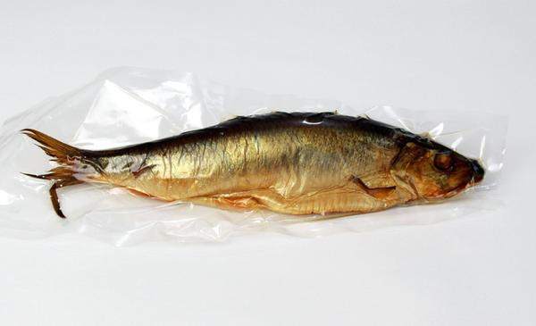 Whole smoked herring greek approx 0 6 0 7 lb for Smoked herring fish